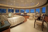 Rent Majesty 75 Luxury Yacht in Dubai Image